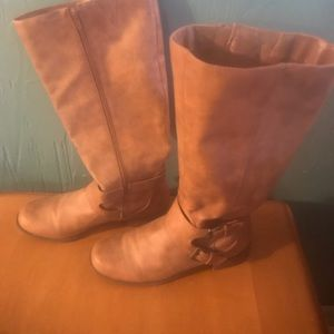 Brown wife calf boots